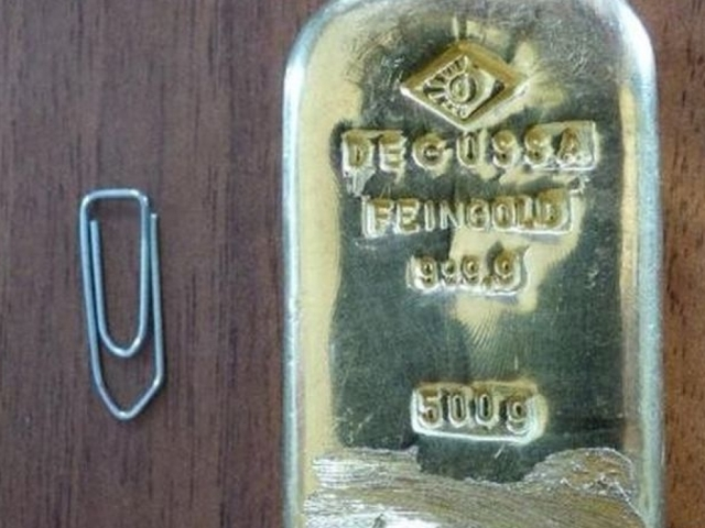 Lucky Teenager Gets To Keep $18,000 Bar Of Gold She Found