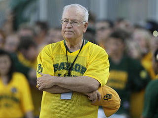 Baylor fires football coach, replaces president