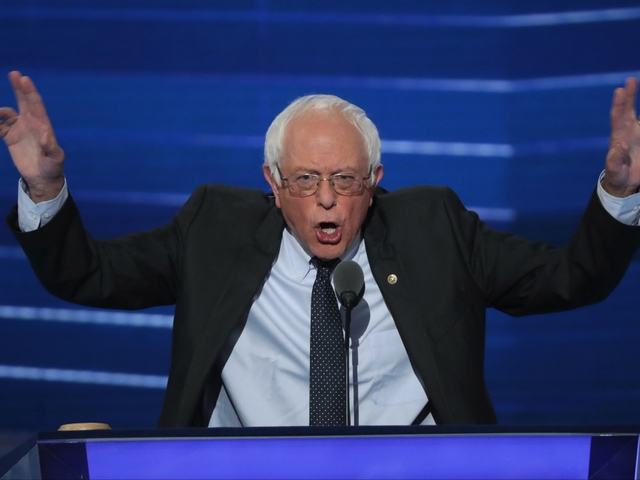 Bernie Sanders Asks Delegates Not To Protest On DNC Floor, They Listen