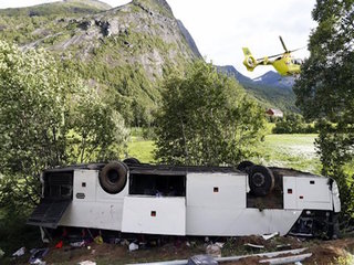 1 killed, 2 injuried in Norway bus crash
