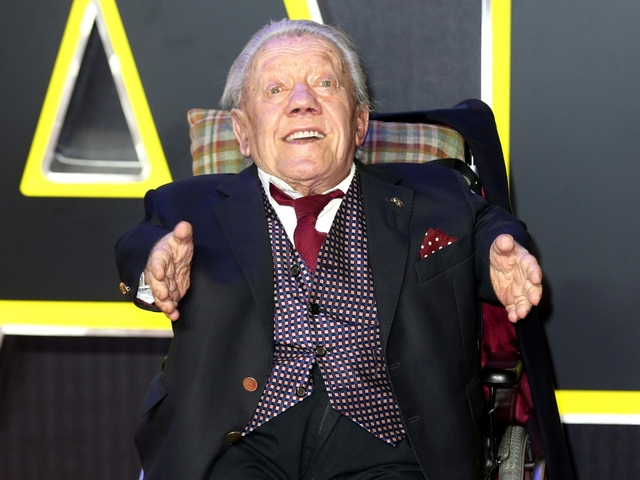 Kenny Baker, the man inside Star Wars' R2-D2, dies at 81