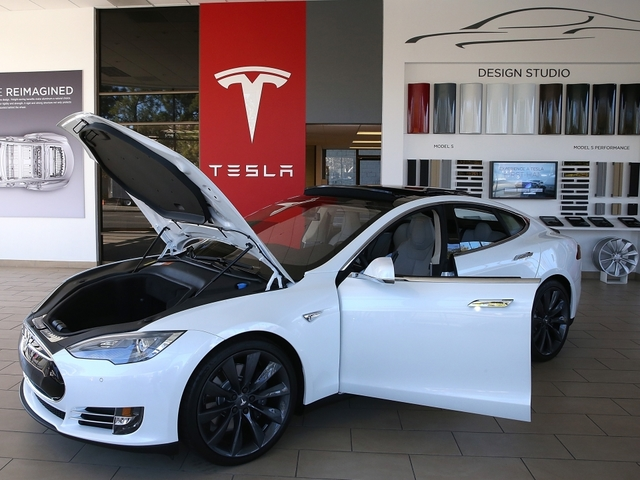 Will Tesla's Model S Improvements Be Enough To Boost Its Sales? - Newsy Story