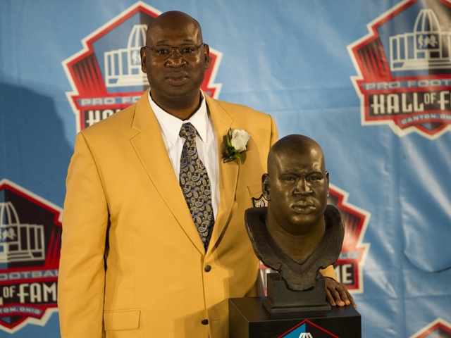 NFL Hall Of Fame Defensive Tackle Cortez Kennedy Has Died At 48