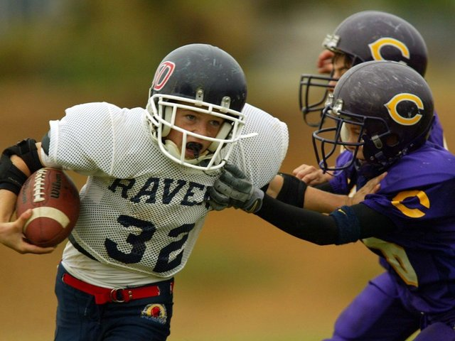 New Study Links Youth Football To Cognitive Problems Later In Life