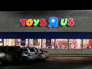 How Toys 'R' Us fell from being big kid on block