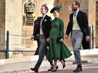 Pippa Middleton gives birth to baby boy