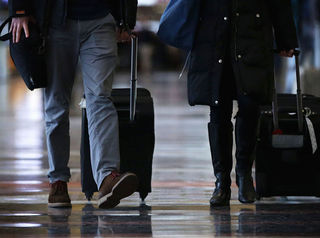 Airports to see delays ahead of Thanksgiving